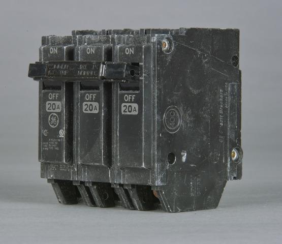 GEC THQL32050 THQL 3 POLE 240V 10K IC 50 AMP