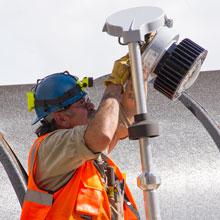 Eaton Crouse-Hinds Series,MHK-RTG,MTG KIT U-BLT TO TUBULAR RAIL GALV