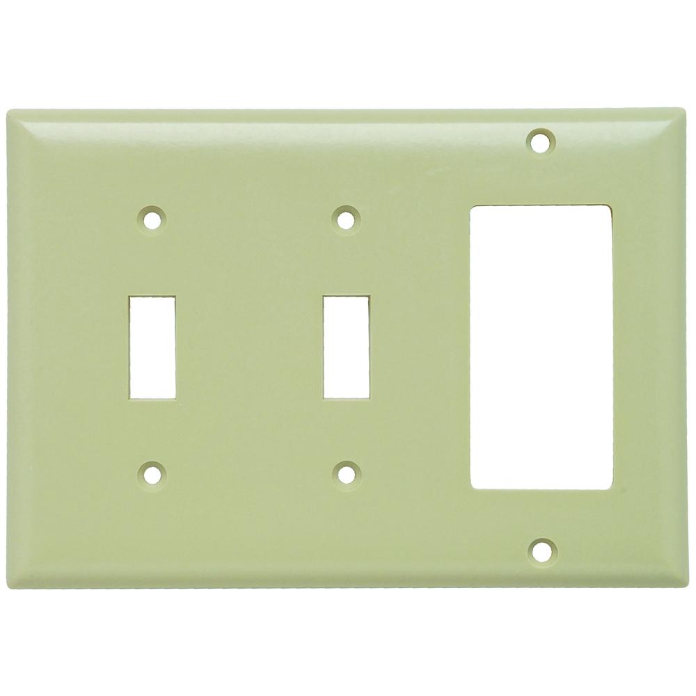 Pass & Seymour SP226-I 3Gang Wall Plate, 2-Toggle / 1-Decorator Standard - Ivory