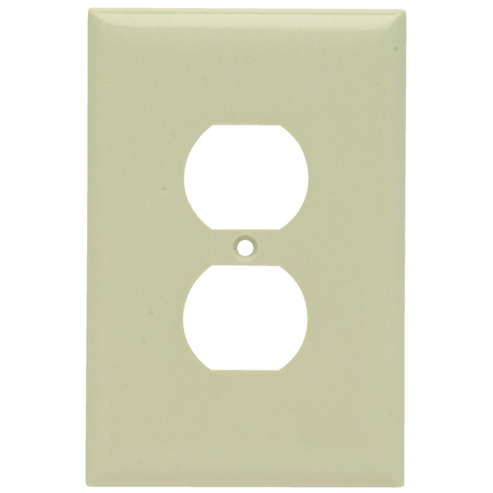 Pass & Seymour SPO8-I Smooth Wall Plate, Jumbo 1Gang Duplex, Ivory