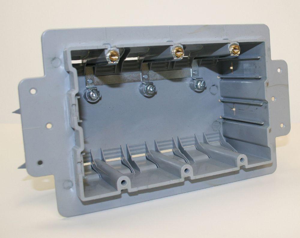 INEXO,220002,PVC TRIPLE GANG ICF BOX CSAus NMD CABLE INEXO